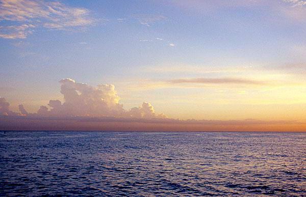 http://geography.kz/wp-content/uploads/2009/04/karibskoe-more-2.jpg