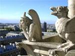 Где «живут» каменные гаргульи и химеры?